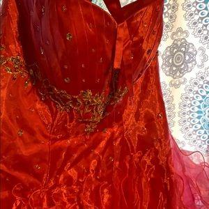 Dresses & Skirts - Corsette back Barbie pink formal dress.